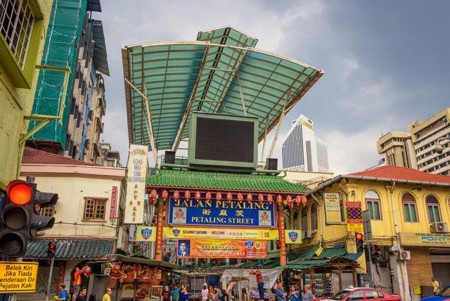 Petaling Street tempat belanja murah di Kuala Lumpur