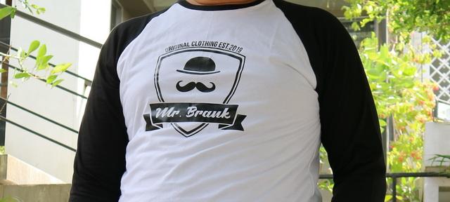 style hitam putih mr. brank
