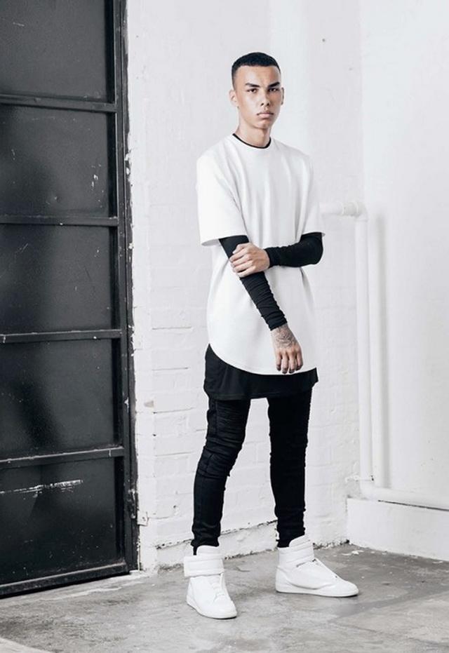 style hitam putih lebar