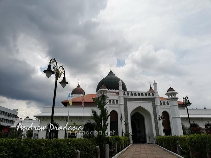 masjid kapitan keling saat liburan ke penang