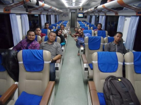 Cara Asyik Menikmati Perjalanan dari Malang ke Kota Pahlawan