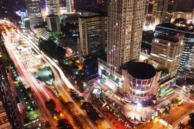 Tak Perlu Jauh, Cukup Staycation Asyik di Pusat Kota