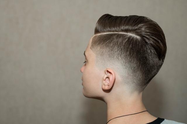model rambut keren untuk pelajar SMA